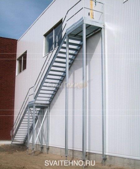 Промышленные лестницы на винтовых сваях