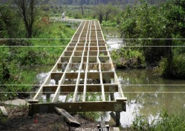 Винтовых фундамент в болотистой, обводненной местности